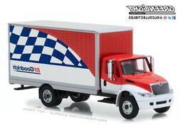 Greenlight 1:64 Heavy Duty Trucks International Durastar Box