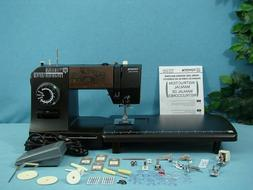 INDUSTRIAL STRENGTH HEAVY DUTY TOYOTA SEWING MACHINE SEWS LE